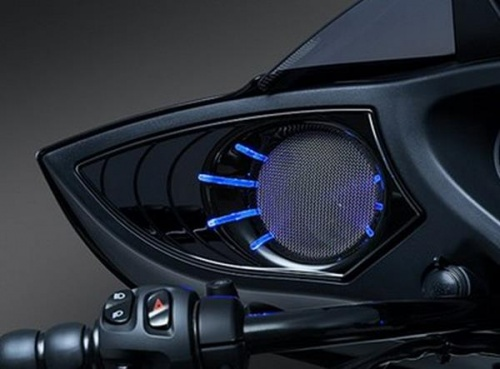 Victory Cross Country / Tour 10-14 Küryakyn LED Speaker Grills