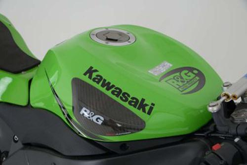 Tank Sliders, Kawasaki ZX6-R '09- / ZX10-R '08-'10 (with ''Kawasaki'' graphic on fuel tank)