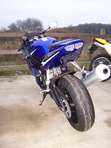 Under Tail License Plate Yamaha R